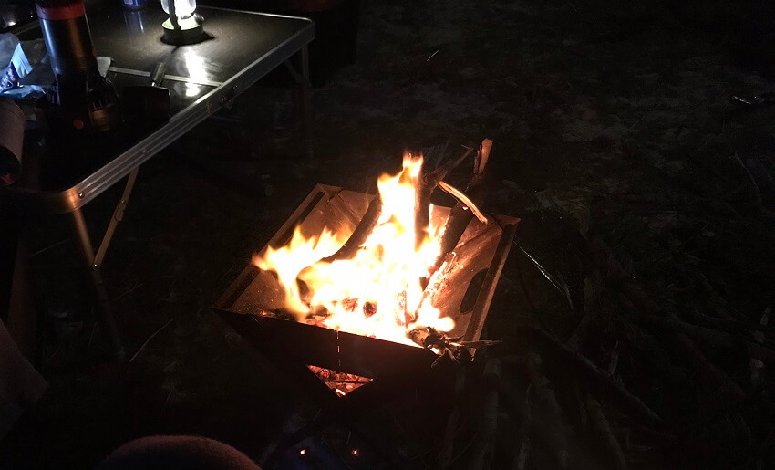 北名城での焚火